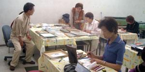 第37回ミニカルチャースクール「絵手紙」講習会風景