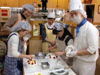 第42回ミニカルチャースクール「親子でケーキ作り!」